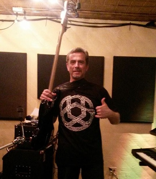 Bassist Dan MacDonald (Elephants of Scotland) wearing a Circuline t-shirt on a live gig